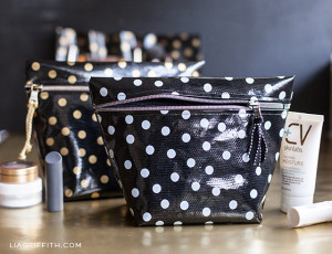 Make Up Bag Free Sewing Tutorial