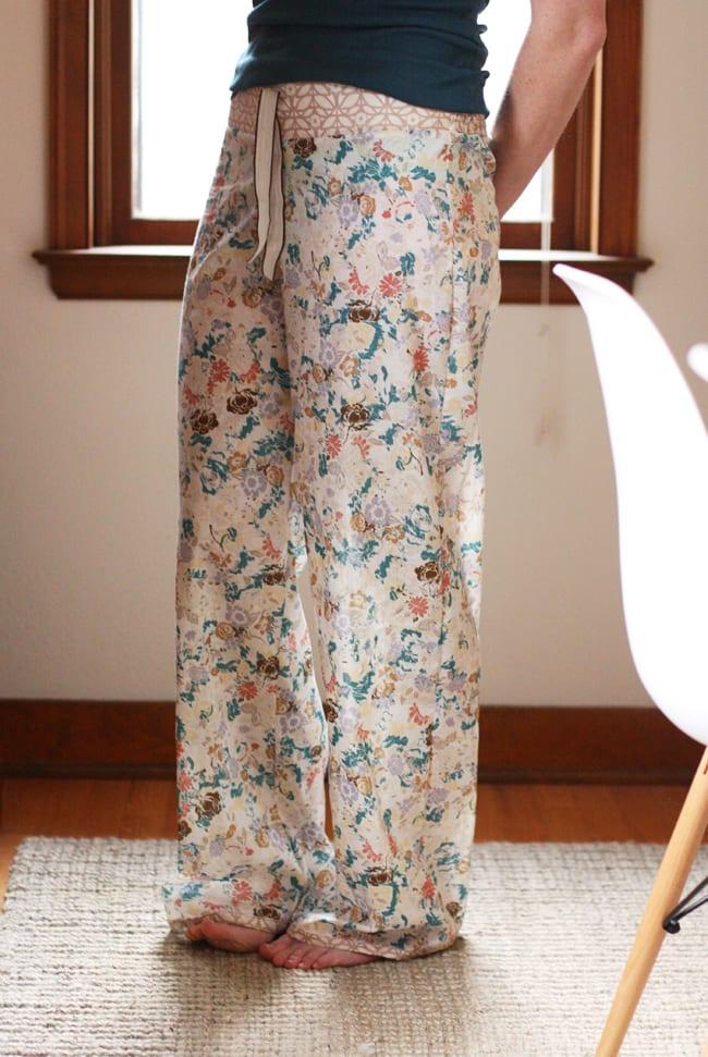 Shirred waist pajama pants tutorial