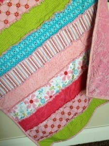 Sew a simple strip rag quilt