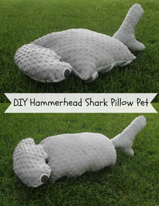 Shark pillow pattern