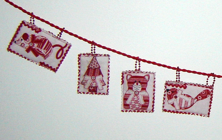 Scrappy Christmas decorations