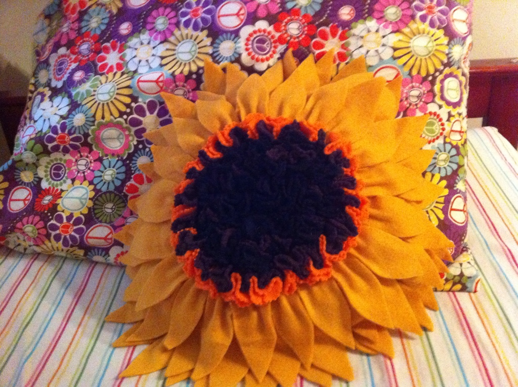 Sunflower pillow tutorial