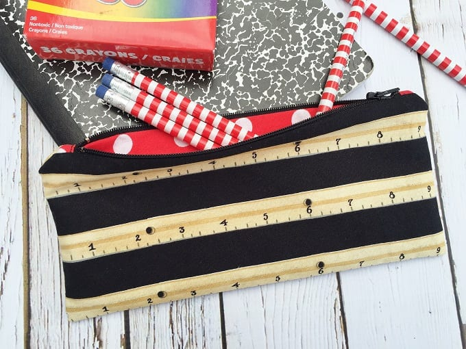 simple zipper pouch