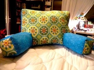 Reading pillow free sewing