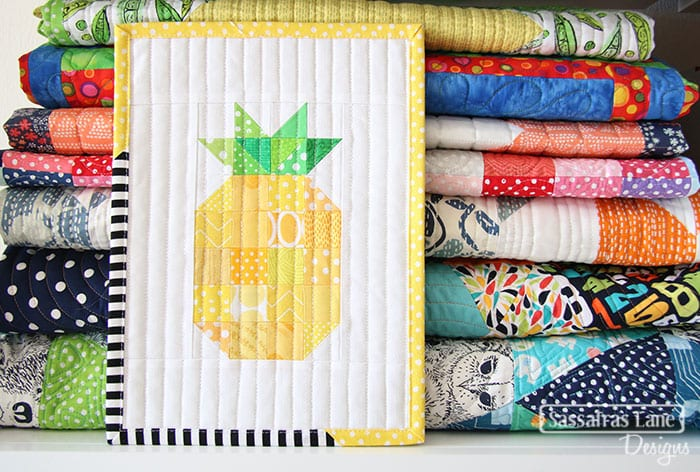 Free Patchwork Pineapple Mini Quilt Pattern