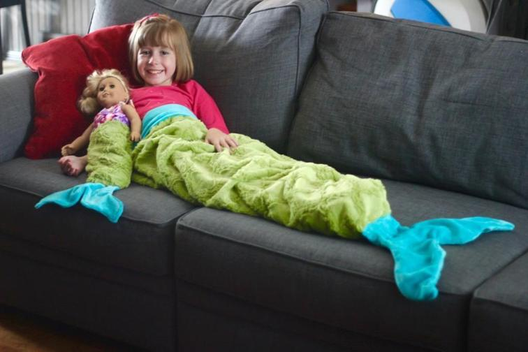 Mermaid Tail Blanket FREE Pattern