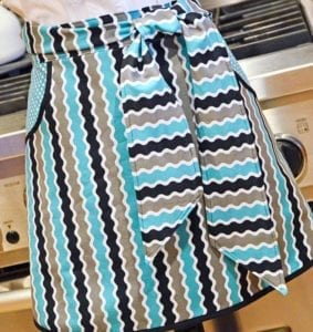 FREE Washday Chic Apron Pattern