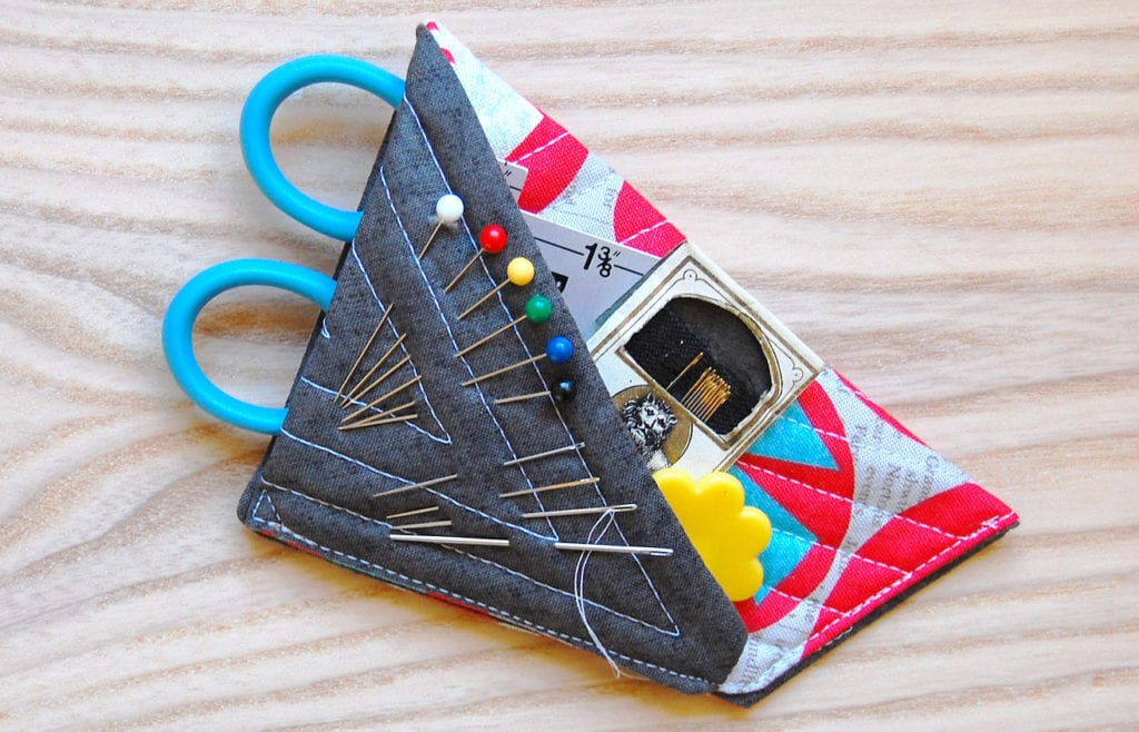 Mini Scissors Case Free Sewing Pattern