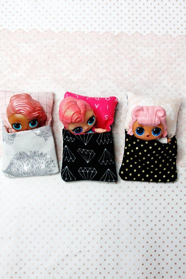 Little Doll Sleeping Bag FREE Sewing Tutorial