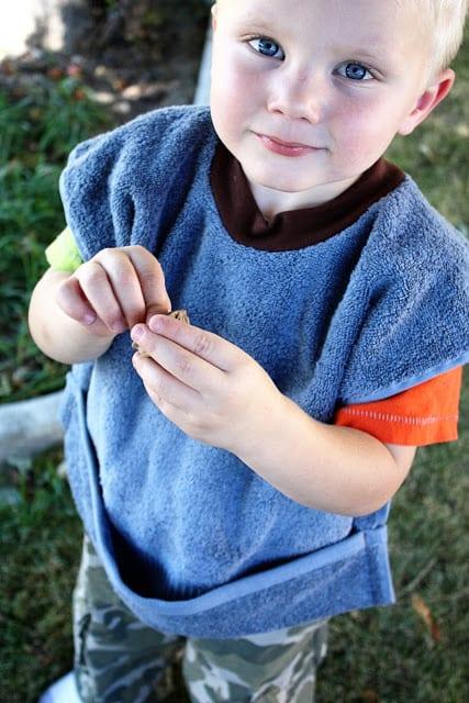 Toddler Bib FREE Sewing Tutorial