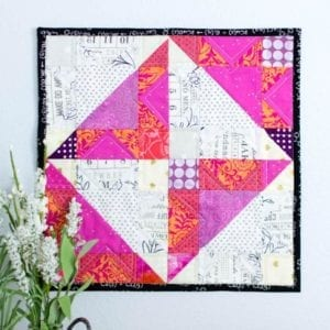 Mini Eclipse Quilt FREE Tutorial