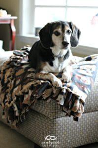 Fleece Blanket FREE Sewing Tutorial